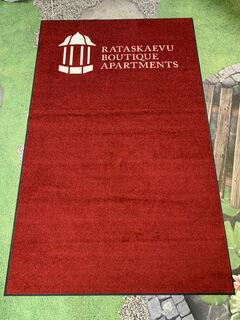 Reklaamvaip - Rataskaevu Boutique Apatrtments